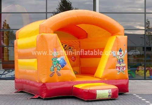 Mini Circus bouncer with roof