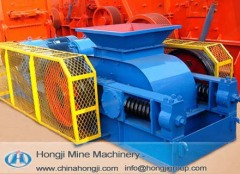 Large capacity teeth-roller crusher