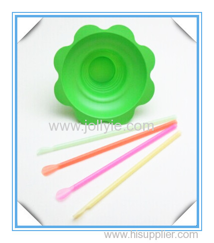colorful shave ice flower cup and drinking straws