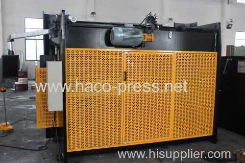 NC metal sheet hydraulic press brake