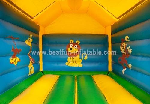 Bouncer Castle inflatable giraffe
