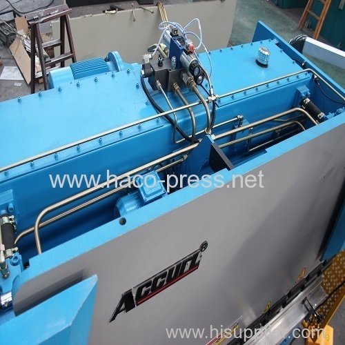 8mm thickness 3200mm length steel sheet plate hydraulic press brake 160T