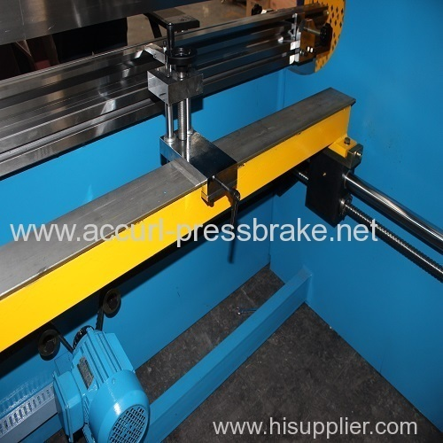 16mm thickness 2500mm length steel sheet plate hydraulic press brake 250T
