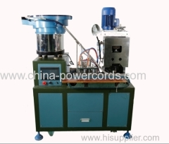 Plug inserts crimping machine