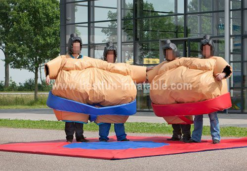 Double Sumo Costume Room