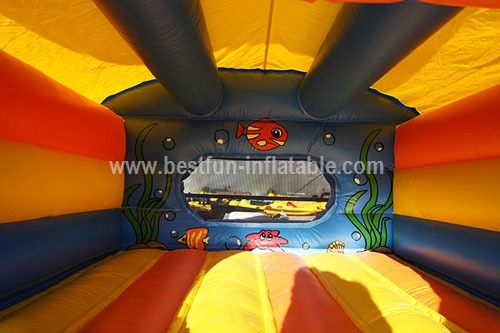Castle inflatable balls game