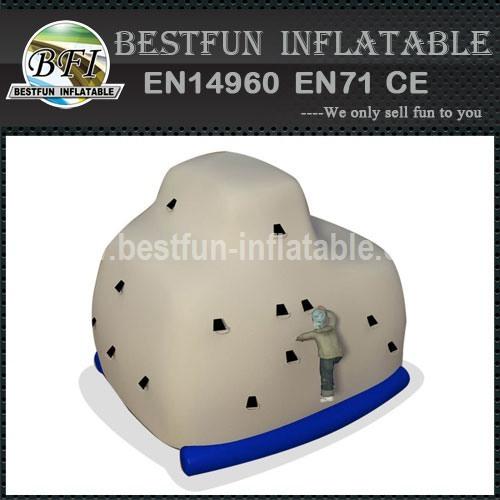 Good inflatable water amusement park
