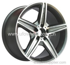 Staggered Styles Available in 3 Sizes Alloy Wheel