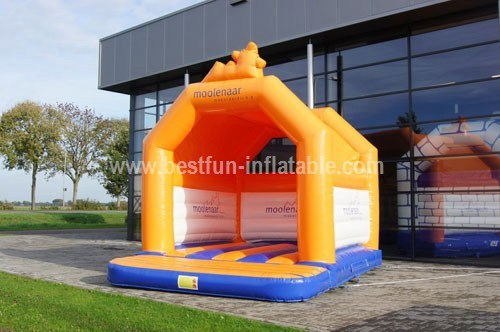 Bouncy castle Moolenaar custom brokers
