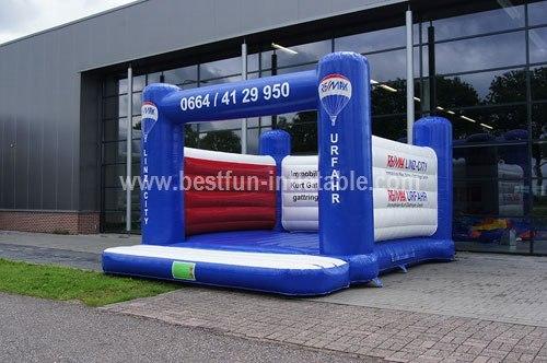 Bouncy castle Remax measure