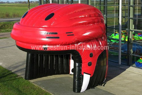 Hockey helmet inflatable tent