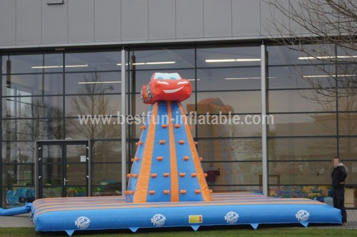 Inflatable climbing tower measurement