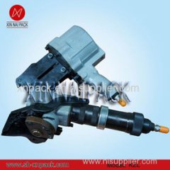 pneumatic steel strapping tensioner and sealer