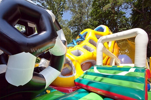 Amusement inflatable dry slide