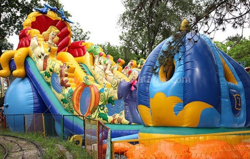 Hot sale inflatable slides park
