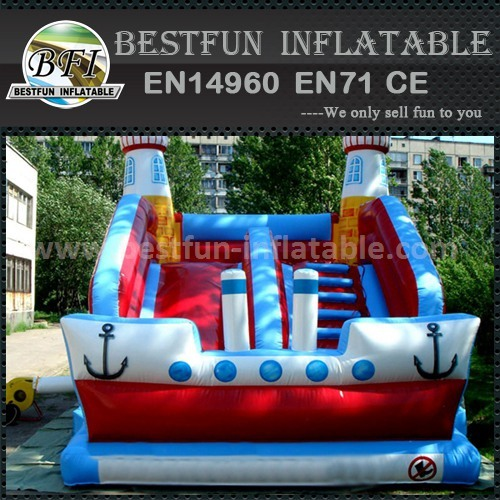 Inflatable titanic slide bounce