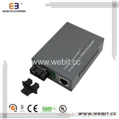 10/100Base-TX to 100Base-FX Media Converter