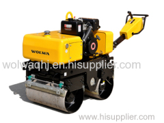 Hydraulic double drum vibrating road compact roller