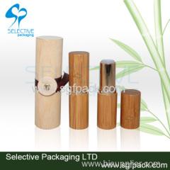 Bamboe lippenstift buis en houten doos
