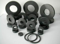 Strong power ferrite magnet for motors