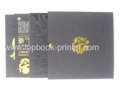 Section sewn binding golden dragon foil stamping hardbound or casebound book with slipcase
