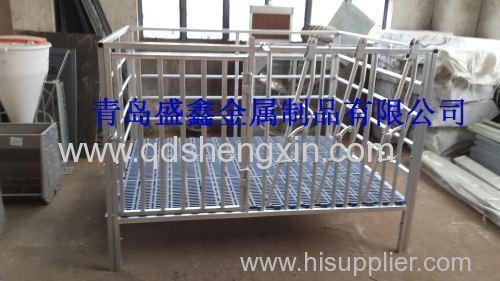 Galvanised Sheep Farrowing Crate