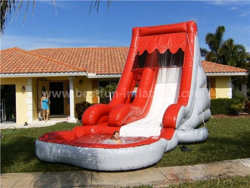 Single lane commercial inflatable water slide