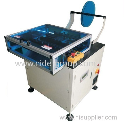Slot paper forming and cutting machine