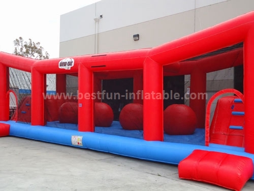 Ball Ultimate Wipeout Inflatable obstacle course