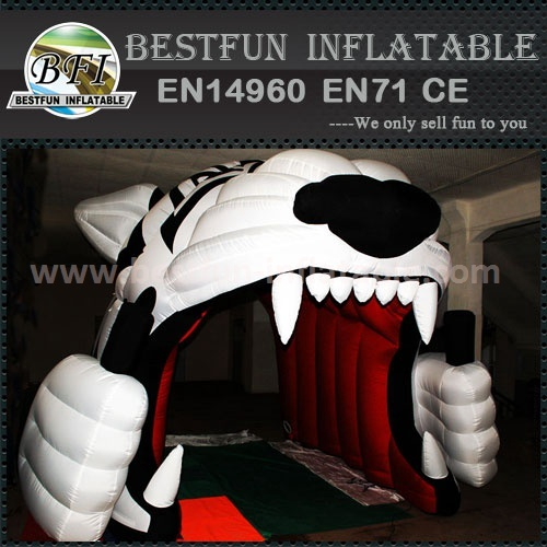 Tiger Head inflatable entrance tunnel