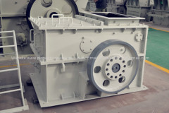 new Ring hammer crusher