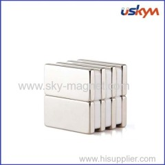 Block size permanent magnet