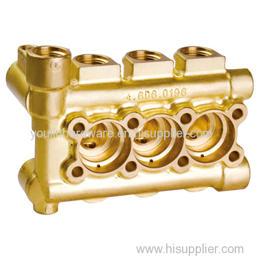Brass manifolds with multiple ways