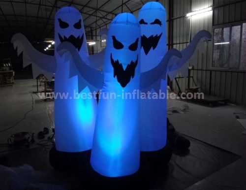 Halloween inflatable with flashing light