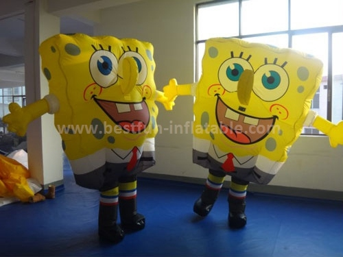 Inflatable SpongeBob model for adervtisement