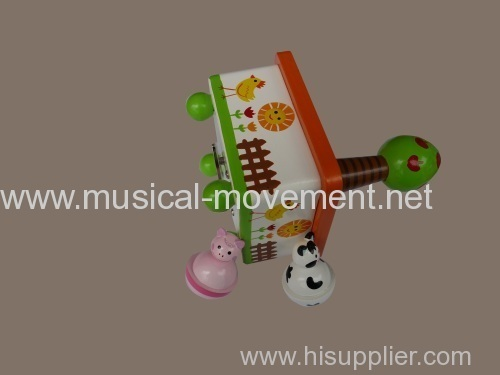 ANIMALS DANCING WIND UP WOODEN MUSIC BOXES