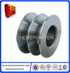 Resin sand mold cast iron belt wheels pulley with bearings casting parts price