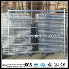 round galvanied pen panels