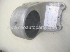 Nissan N16 11221-4M400 Engine Mount