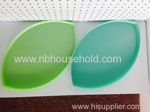 Big Leaf Shape Plastic Fruit Plate
