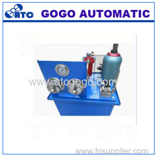 Non-separated accumulator for light industry machinery