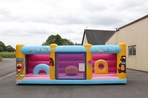 Inflatable bounce outdoor park for kids
