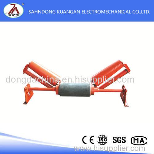 Belt conveyor automatic adjustment device