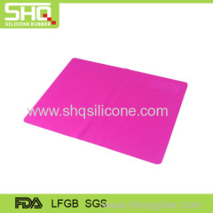 Wholesale eco-friendly silicone dinner mat