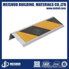 Anti-slip aluminum carborundum insert stair nosing