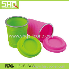 Food grade silicone cup with lid