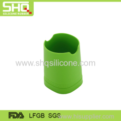 Silicone rubber pen container