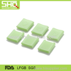Customized silicone finger protector