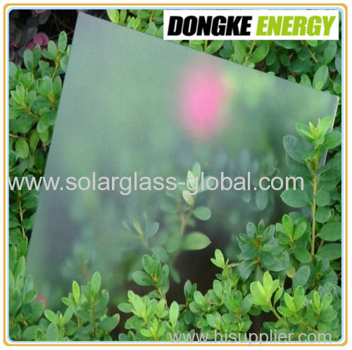 Low iron tempered solar panel glass