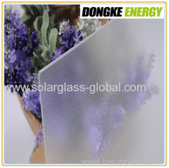 3.2mm Low iron Ultra white patterned solar glass